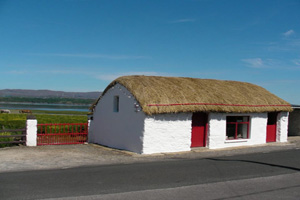 Image of thatched cottage