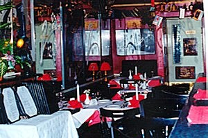 La Cave Wine Bar & Restaurant