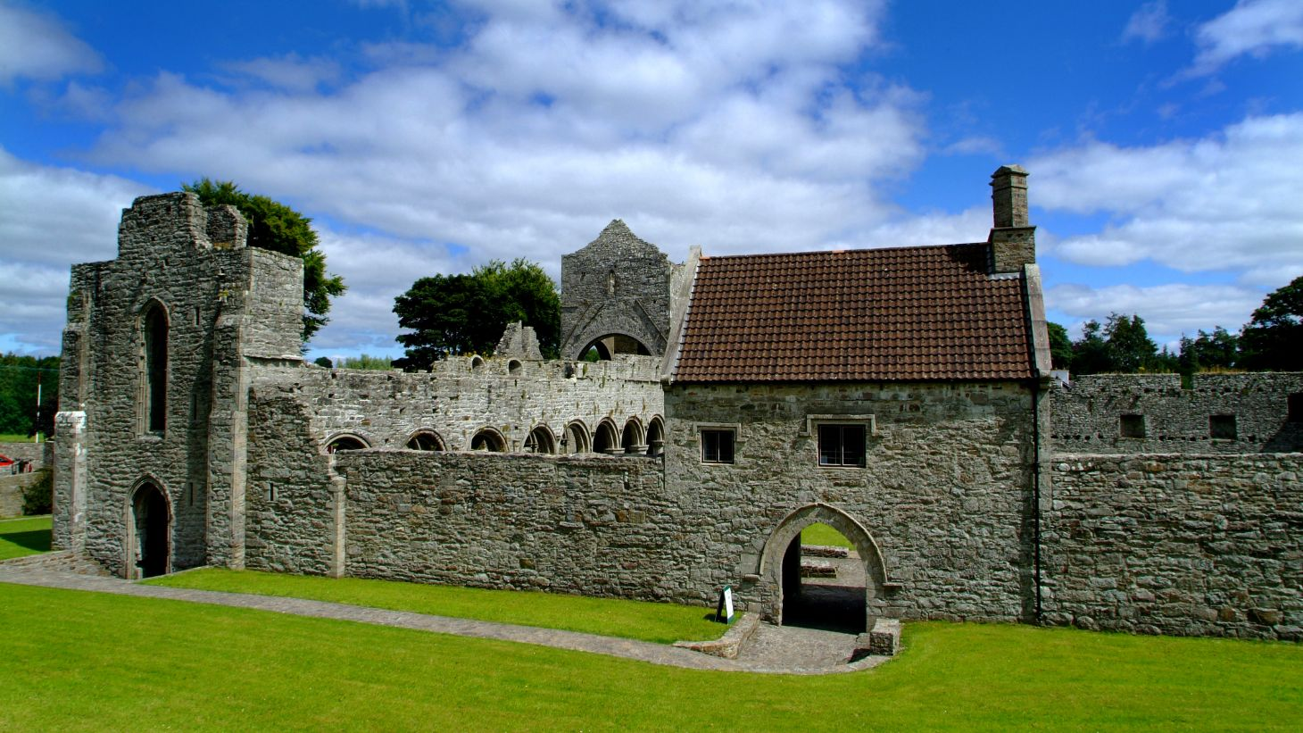Take a visit to the ruins of Boyle Abbey.