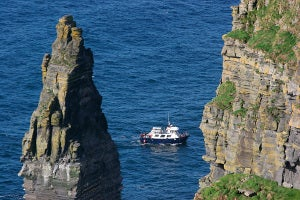 Cliffs of Moher Day Tour with Boat Cruise - Extreme Ireland