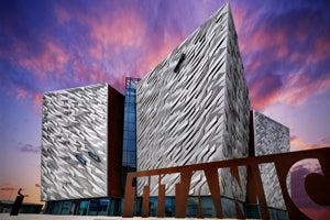 Wanderlust Irland - Belfast Tour from Dublin