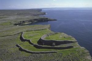 Aran Islands Tour - Railtours Ireland First Class!