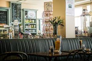 Teddy's Promenade Cafe