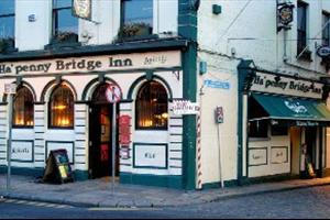 Ha'Penny Bridge Inn
