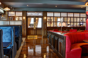 Skylon Bar & Grill