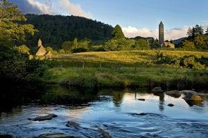 Glendalough, Powerscourt and the Wicklow Mountains Tour – Rabbie's Small Group Tours