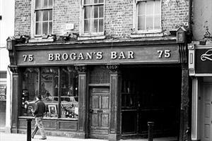 Brogans Bar
