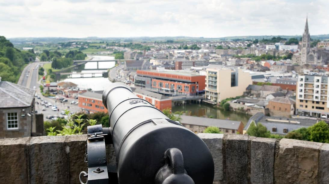 A cannon overlooking the River Boyne in Drogheda, Louth