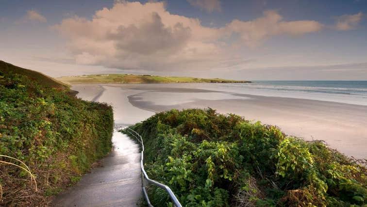 A walkway leading to Inchydoney Beach, Cork