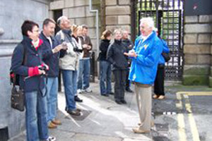 Dublin Highlights & Hidden Corners Tour - Pat Liddys Walking Tours