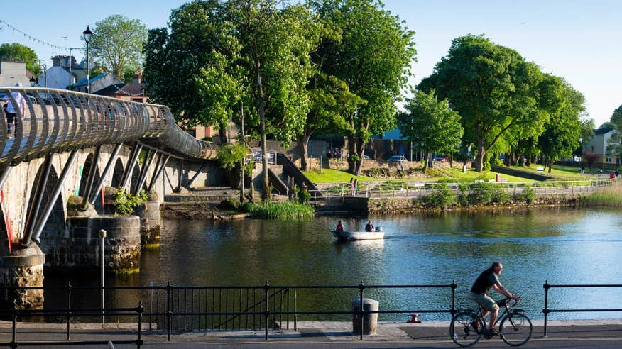 Cycle along the scenic waterways of Carrick-on-Shannon.