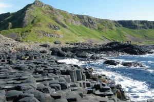 Belfast, Titanic & Giants Causeway - Wild Rover Tours