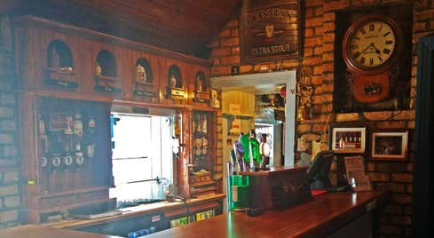 The wooden bar in the Thatch Crinkhill