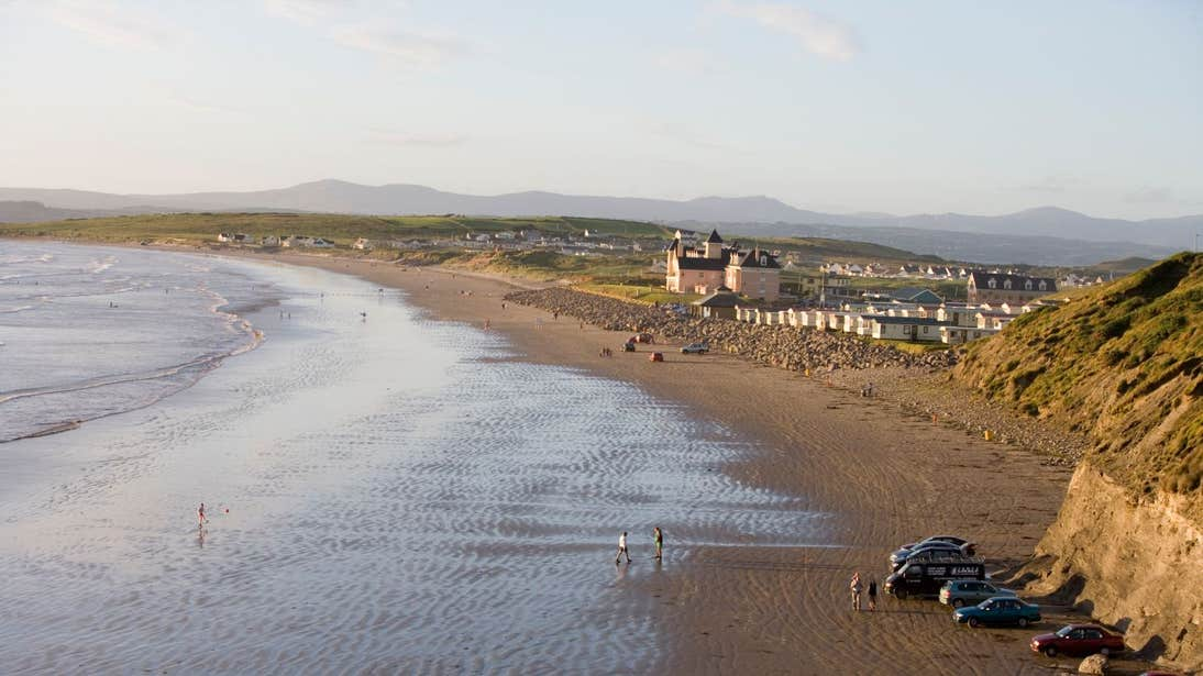 The stunning views of Rossnowlagh Beach, Co Donegal at low tide.