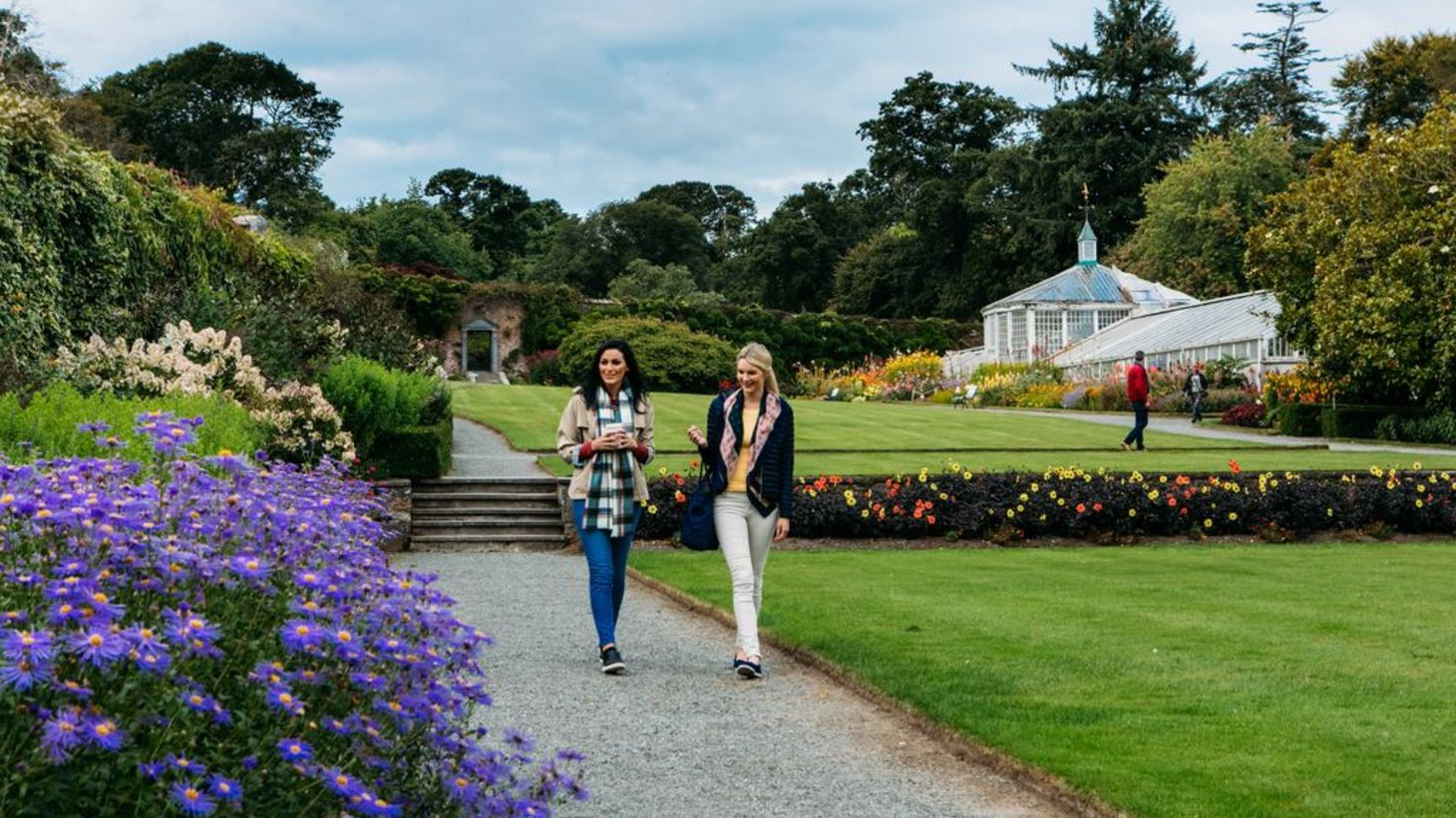 Take a walk through the immaculate gardens at Mount Congreve House.