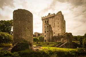 Blarney Castle, Kilkenny and Irish Whiskey - Rabbie's Small Group Tours