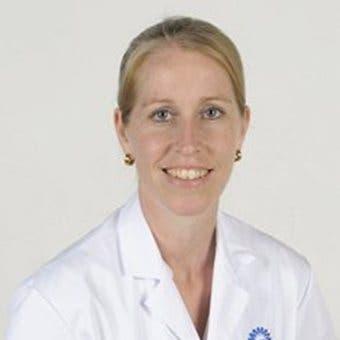 Dr.   Smit