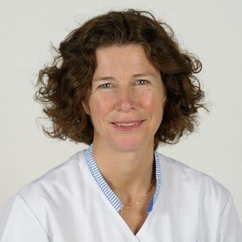 Dr.    Koopman-Esseboom