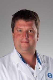 Dr.  van Eijk