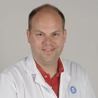 Dr.   Bittermann