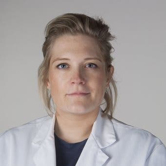 Dr.   Vreuls