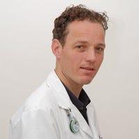 Dr.    Luijk