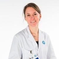 Dr.   Volker-Touw