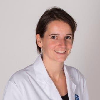 Dr.  de Bie