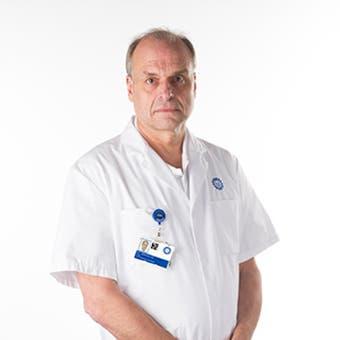 Dr.    Simmermacher