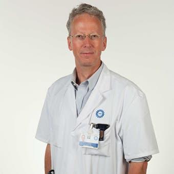 Prof. dr.   Visseren