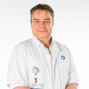 Dr.   Letteboer