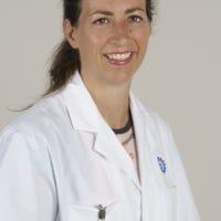 Dr.    Prevaes