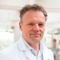 Prof. dr.    Molenaar