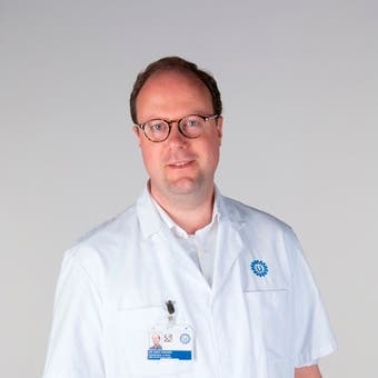 Dr.   Verhoeff