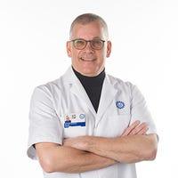 Dr.    Quirijnen