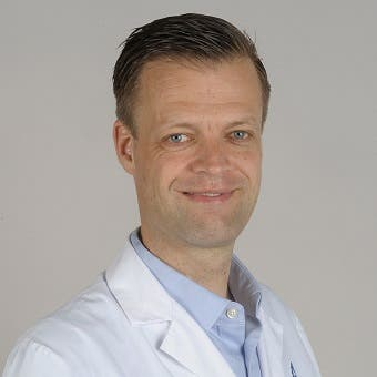 Dr.   Slieker