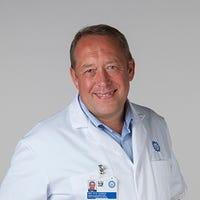Prof. dr.   Stokroos