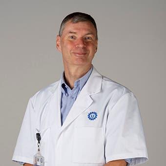 Dr.  de Krijger