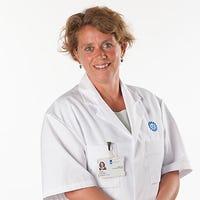 Kolonel-arts drs.   de  Jong