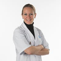 Dr.   Straatman