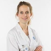 Dr.  van der Gugten