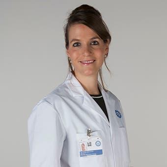 Dr.  van Schaik