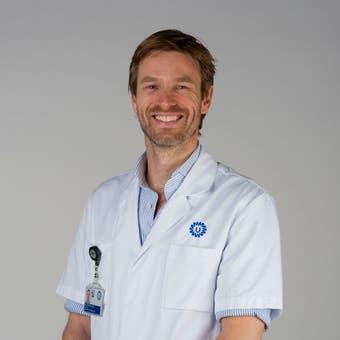 Dr.   Spithoven