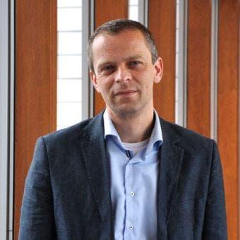 Prof.dr.  van  Klei