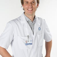 Dr.  van Beers