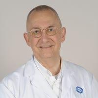 Dr.   Pieters