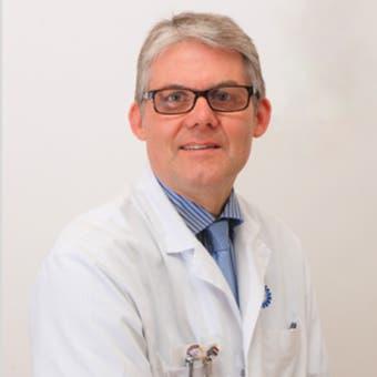Dr.    Sigurdsson