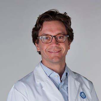 Dr.   Willemse