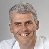 Dr.  van Wijck