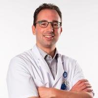 Dr.   Hietbrink